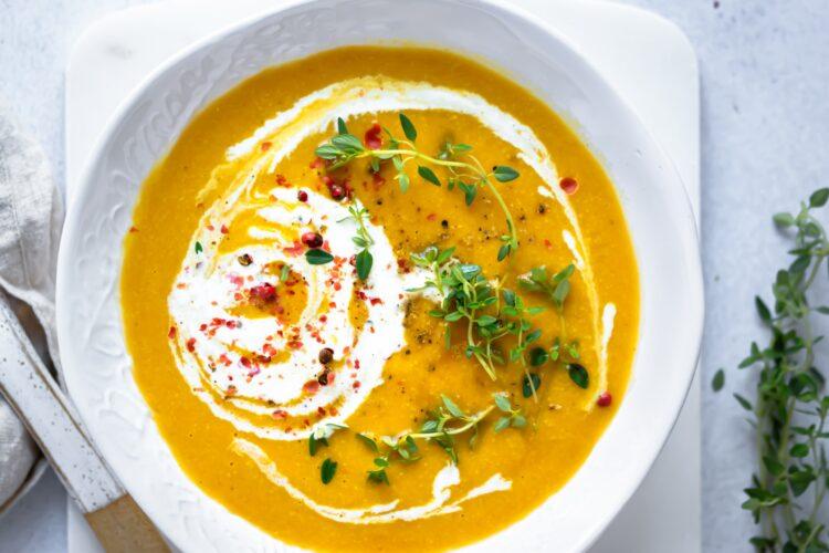 Wie lange hält sich Suppe im Kühlschrank?