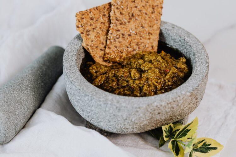 Wie lange hält selbstgemachtes Pesto?